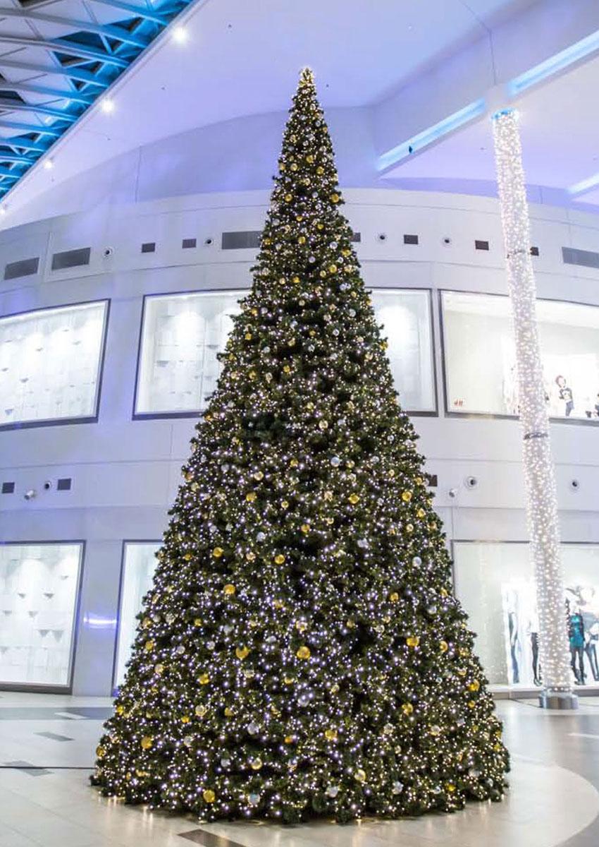 Sapin de Noël décoré pour Centre Commercial